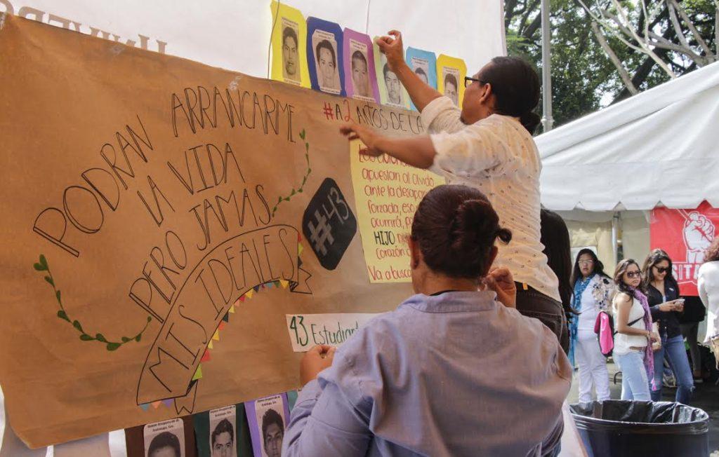 Se suma UAEM a las acciones por los 43 de Ayotzinapa
