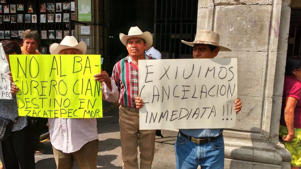Piden cierre de tiradero en Zacatepec