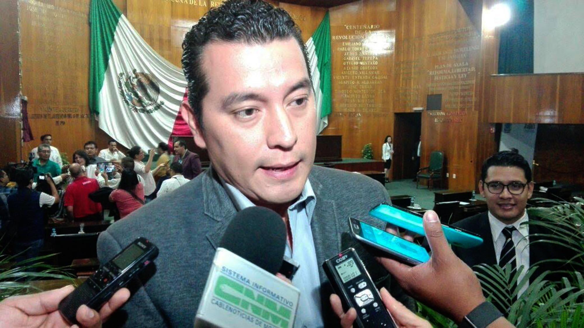 Pide diputado a Cuauhtémoc  ponerse a trabajar