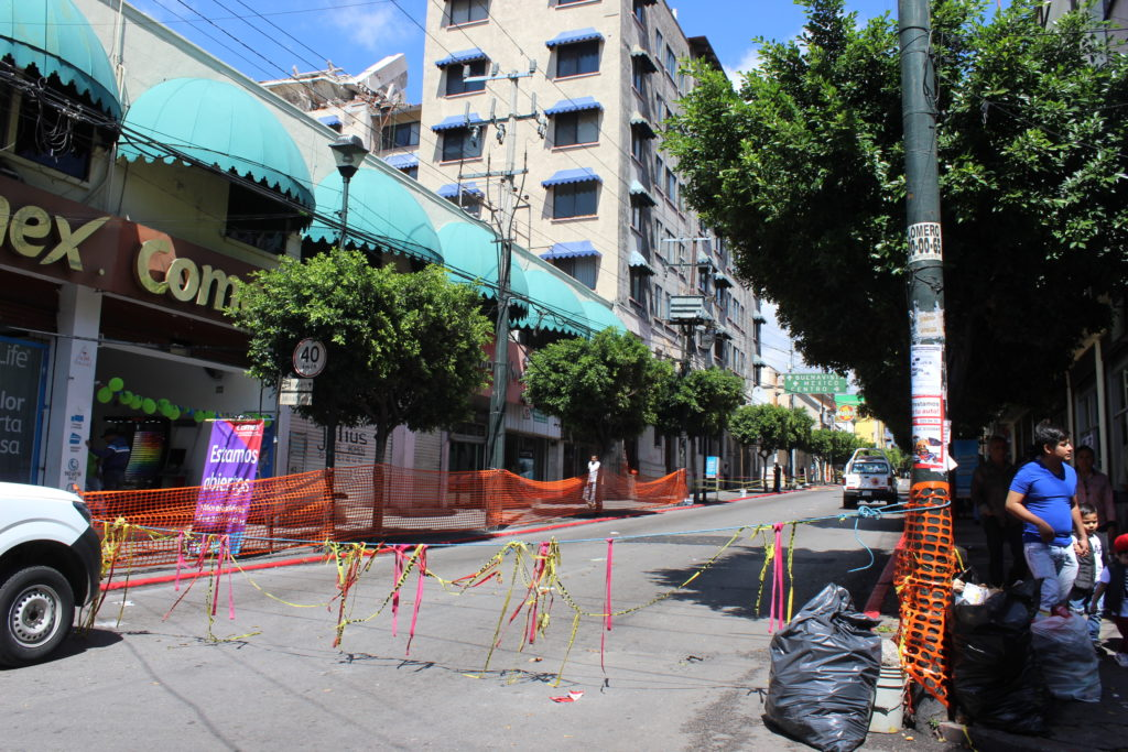 Prohíben paso a unidades de carga por Avenida Morelos